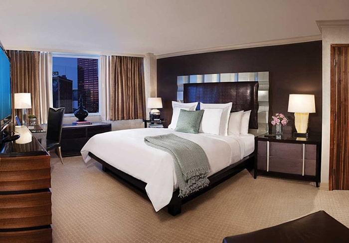 E-Central Hotel Platinum Room